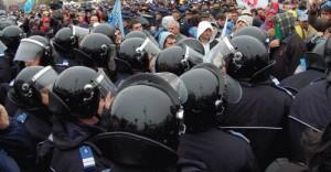 Jandarmi miting - Marius BATCA