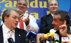 Corneliu Vadim Tudor si Gigi Becali (realitatea.net)