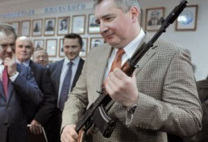 Dmitri Rogozin cu arma in mana (en.rian.ru)