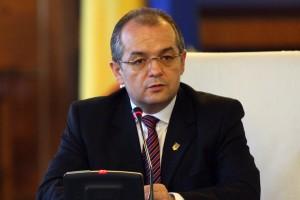 Emil Boc nu e atras deocamdată de proiectul politic al lui Băsescu