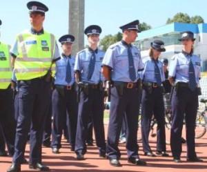 Peste 1700 pe agenti la posturi - Scolile de Politie Campina si Cluj-Napoca
