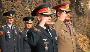 Generalii Igor Cutie si Ariton Ionita