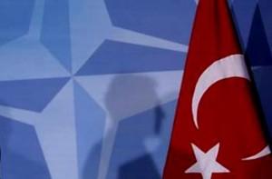 Siria, condamnată de NATO şi ameninţată de Turcia