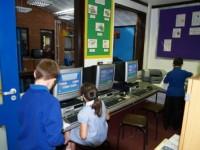 De ce vrea OMS să nu fie folosit wireless şi wi fi în şcoli it