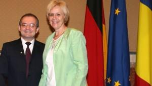 Susanne Kastner - Un parlamentar german cere un comportament corect faţă de România