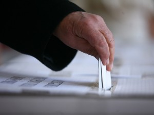 S-a votat în Senat. Referendum între orele 7.00 şi 23.00