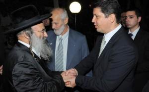 Biserică româneasc vandalizată. Evreii ultra-ortodocşi au cerut scuze