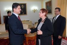 MAE: Întâlnire între Corlăţean şi vicepreşedintele B'nai B'rith Europa politica interna