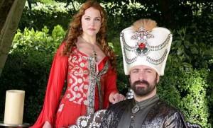 Realizatorii serialului Suleyman Magnificul, blestemaţi de premierul turc