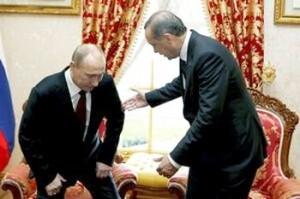 Probleme cu spatele. Putin nu se mai poate aşeza singur