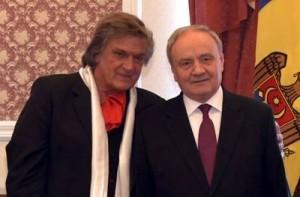 Florin Piersic a primit de la preşedintele Timofti cetăţenia R Moldova
