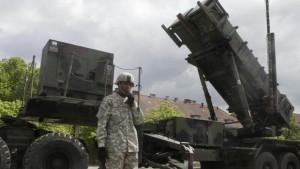 NATO: Rachetele Patriot din Turcia, operaţionale în februarie