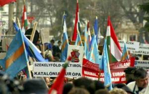 10 martie. Budapesta sprijină mitingul secuilor pentru autonomie politica interna