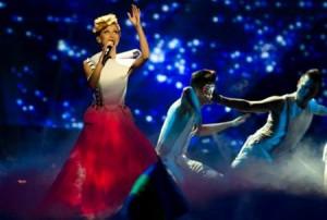 EUROVISION 2013 Moldova: Aliona Moon, ce păţeşte când se dezbracă VIDEO life
