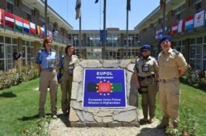 Politisti romani medaliati de seful misiunii EUPOL Afganistan