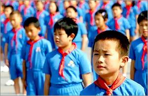 """China ar putea să renunţe la """"copilul unic"""""""