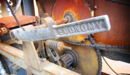 PIB, susţinut de industrie şi agricultură