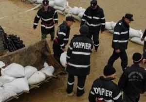 Inundaţiile din Galaţi anulează ceremoniile de Ziua Pompierilor
