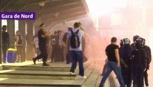 Suporterii unguri au provocat haos şi în Gara de Nord. Gaze lacrimogene