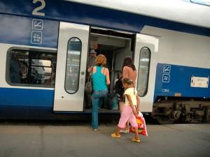Atenţie, călători! Noul mers al trenurilor intră în vigoare duminică