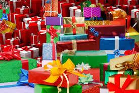 Ce greşeală facem când cumpărăm cadourile de Crăciun