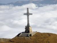 Crucea Caraiman, cea mai înaltă cruce de pe un vârf montan