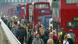 Primarul Londrei cere interdicții noi pentru români