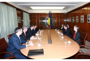 Ce a discutat Ponta cu șeful MI 6
