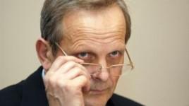 Teodor Stolojan îl critică pe Mugur Isărescu