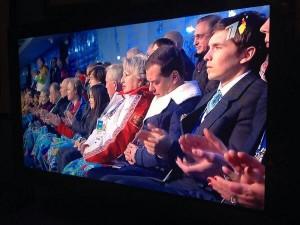 Dmitry Medvedev la jo soci