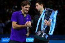 Djokovic câştigă finala cu Federer