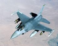 SUA trimit avioane F-16 în Polonia