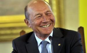 Băsescu a depus plângere la Parchet împotriva bărbatului care l-a agresat în Portul Constanţa