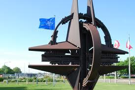 Peste 60% dintre români consideră că țara e protejată de calitatea de membru NATO