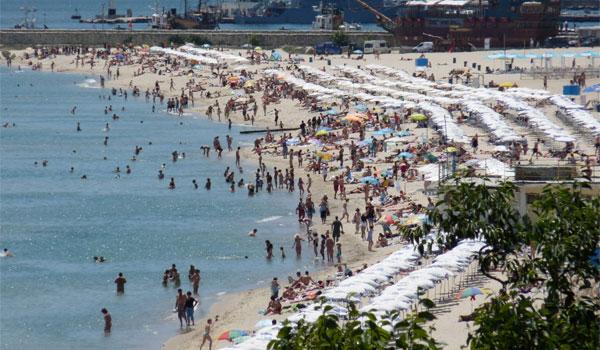 AVERTIZARE MAE: apa de la Varna este infestată