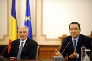 Tandemul Ponta, președinte - Isărescu, premier, primul în topul românilor