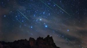 Super Luna si Perseidele, spectacol astronomic