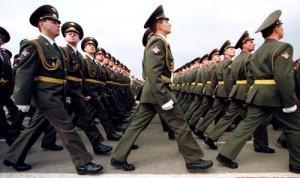 Peste 4.000 de militari ruşi, la frontiera cu Ucraina.