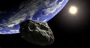 Un asteroid de mărimea unei balene trece pe lângă Pământ
