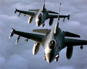 Două avioane americane, prăbușite.