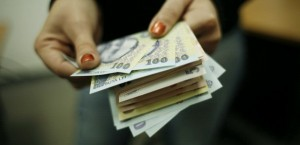 Revista Presei. Amnistia fiscalǎ extinsǎ la toți bugetarii (Foto:cugetliber.ro)