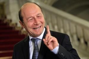 Revista Presei. Bǎsescu despre candidații la președinție (foto:aradon.ro)