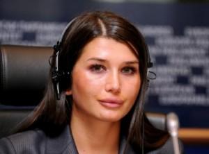 Elena Băsescu, implicată într-un accident rutier.