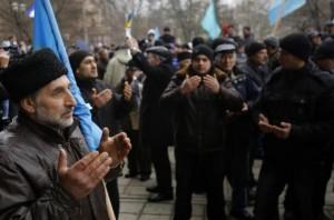 Crimeea: Tătarii şi ucrainienii ameninţaţi cu represalii de Rusia (foto: aljazeera.com)