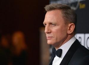 """James Bond va juca în franciza """"Războiul stelelor"""""""