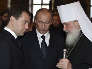 """Putin și anturajul, o """"bandă de criminali""""."""
