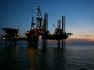 Rezerve uriașe de petrol în Marea Arctică.