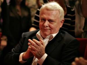 Vicepreședintele Camerei Deputaților Viorel Hrebenciuc, pentru care DNA a cerut încuviinţarea arestării preventive în două dosare, și-a anunțat demisia din Parlament, marți, 21 octombrie. (foto:aghiuta.ro)