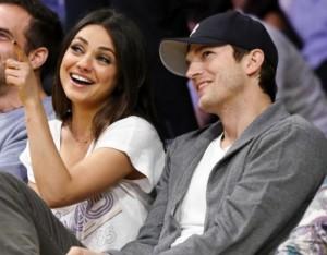 Ashton Kutcher și Mila Kunis au devenit pǎrinți. Actrița de origine ucraineanǎ a nǎscut o fetițǎ (foto:gumbumper.com)