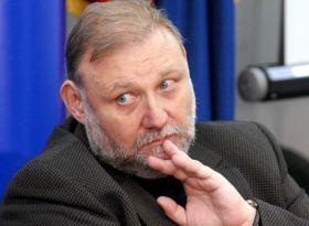 Consilier de stat concediat de președintele Traian Băsescu.